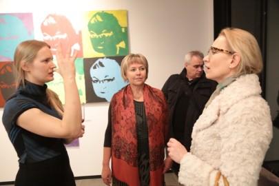 LÜGi Warholi näitus. Tarmula37