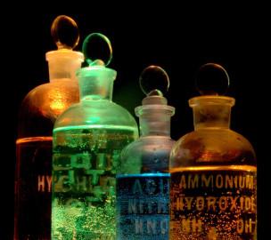 kemikaalid_pudelites_wikipedia