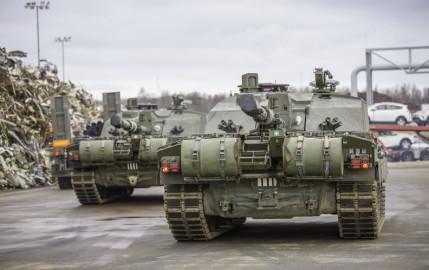 Brittide lahingutehnika saabumine Eestisse.22.01 (14)