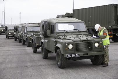 Brittide lahingutehnika saabumine Eestisse.22.01 (25)