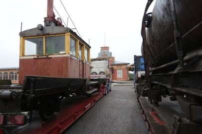 Raudteemuuseumi veeremi toomine Haapsallu. Tarmula12