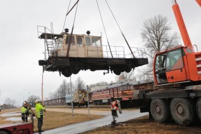 Raudteemuuseumi veeremi toomine Haapsallu. Tarmula33