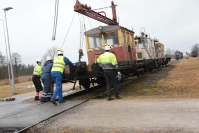 Raudteemuuseumi veeremi toomine Haapsallu. Tarmula37