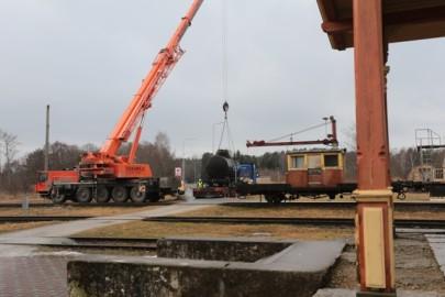 Raudteemuuseumi veeremi toomine Haapsallu. Tarmula43