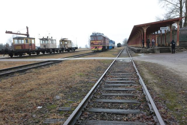 Raudteemuuseumi veeremi toomine Haapsallu. Tarmula44