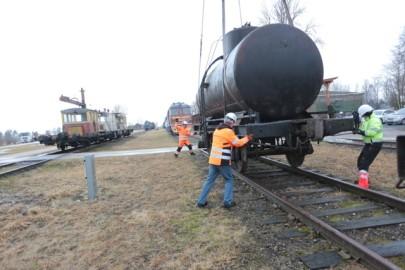Raudteemuuseumi veeremi toomine Haapsallu. Tarmula47
