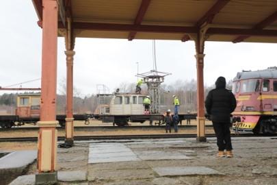 Raudteemuuseumi veeremi toomine Haapsallu. Tarmula60