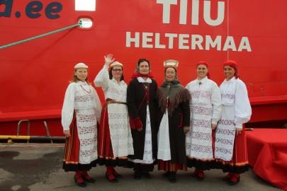 Parvlaev Tiiu ristimine Heltermaal 083 (1280x853)