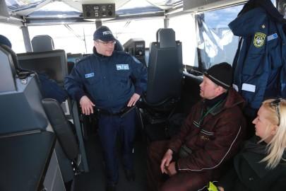 Politseikaatri saabumine. Tarmula0131