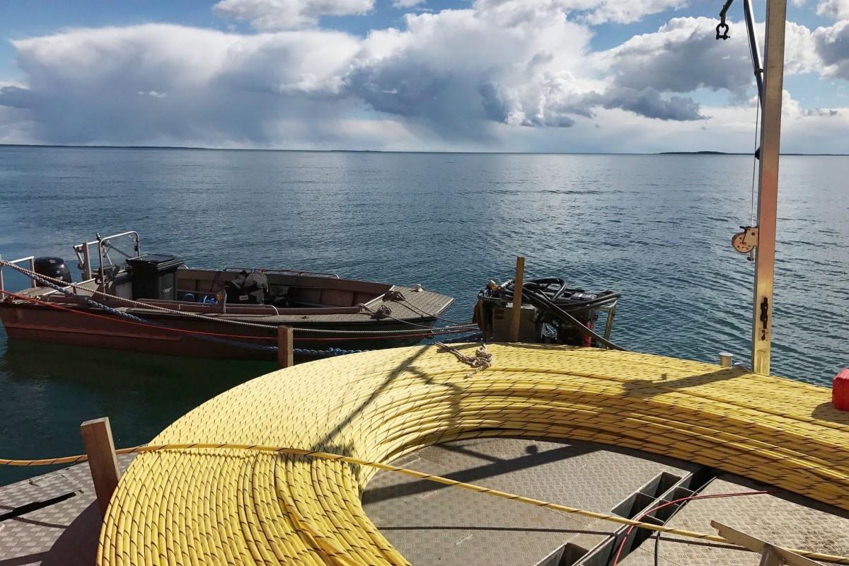 Soome alus CS Telepaatti tegi Läänerannikul kaabeldustöid.FotoELASA