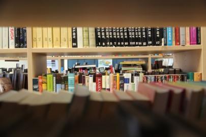 Sutlepa raamatukogu (urmas lauri) (17)