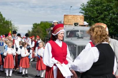 Läänemaa tantsupeo rongkäik 201702