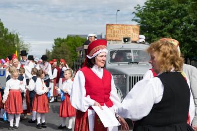 Läänemaa tantsupeo rongkäik 201703