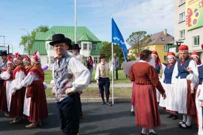 Läänemaa tantsupeo rongkäik 201708