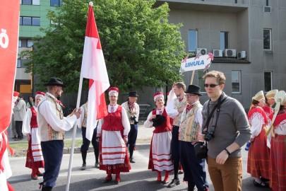 Läänemaa tantsupeo rongkäik 201716