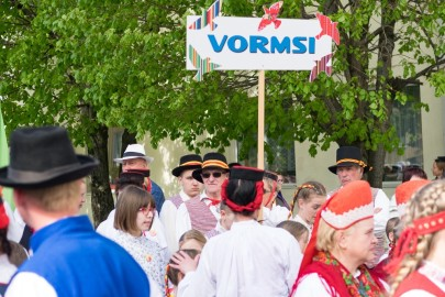Läänemaa tantsupeo rongkäik 201723