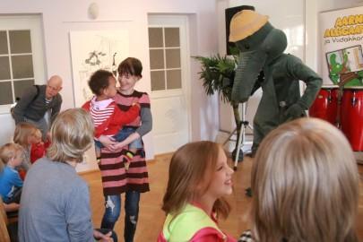 Arne Alligaator Iloni imedemaal (arvo tarmula) (14)