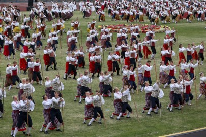 Tantsupidu esimene etendus 30. juuni Foto Peeter Langovits10