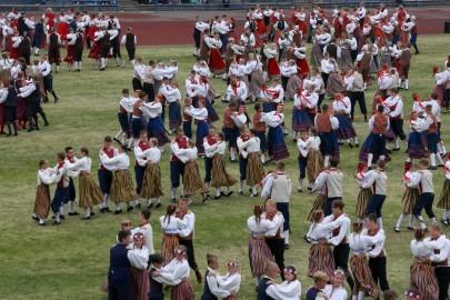 Tantsupidu esimene etendus 30. juuni Foto Peeter Langovits25