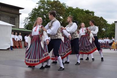 graubergi tantsukad11