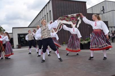 graubergi tantsukad12