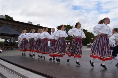graubergi tantsukad15