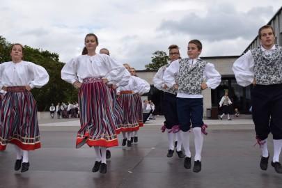 graubergi tantsukad18