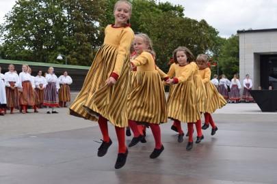 graubergi tantsukad21