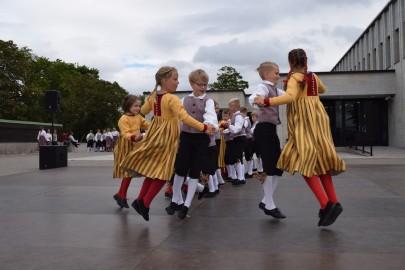 graubergi tantsukad23