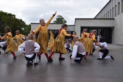 graubergi tantsukad25