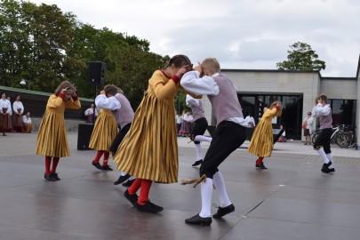 graubergi tantsukad26