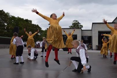 graubergi tantsukad28