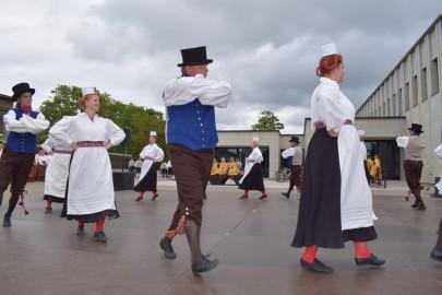 graubergi tantsukad33