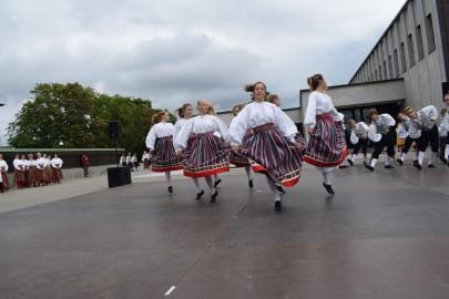 graubergi tantsukad43