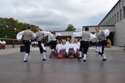 graubergi tantsukad44