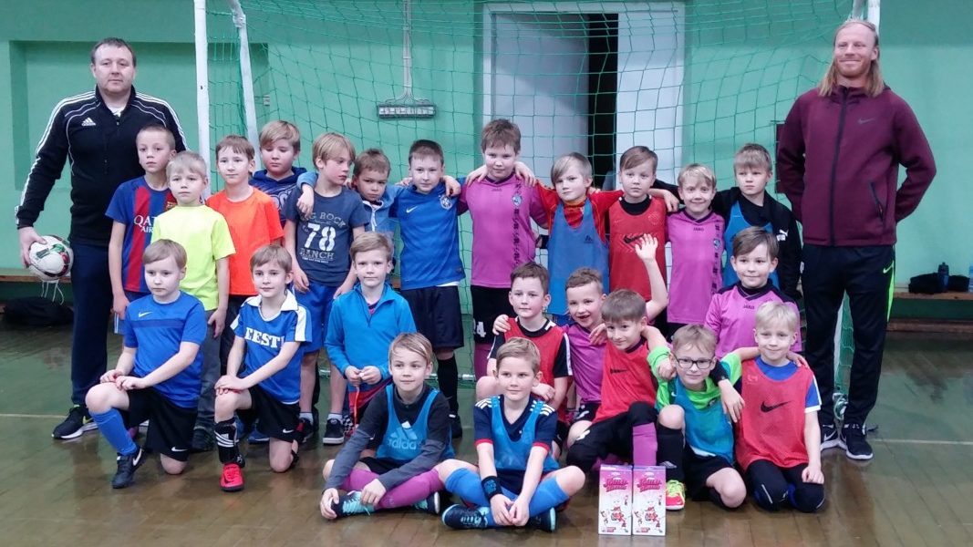 463e5df2ce6 Lõuna-Läänemaa jalgpalliklubi ja Kratid alustasid koostööd - Lääne Elu