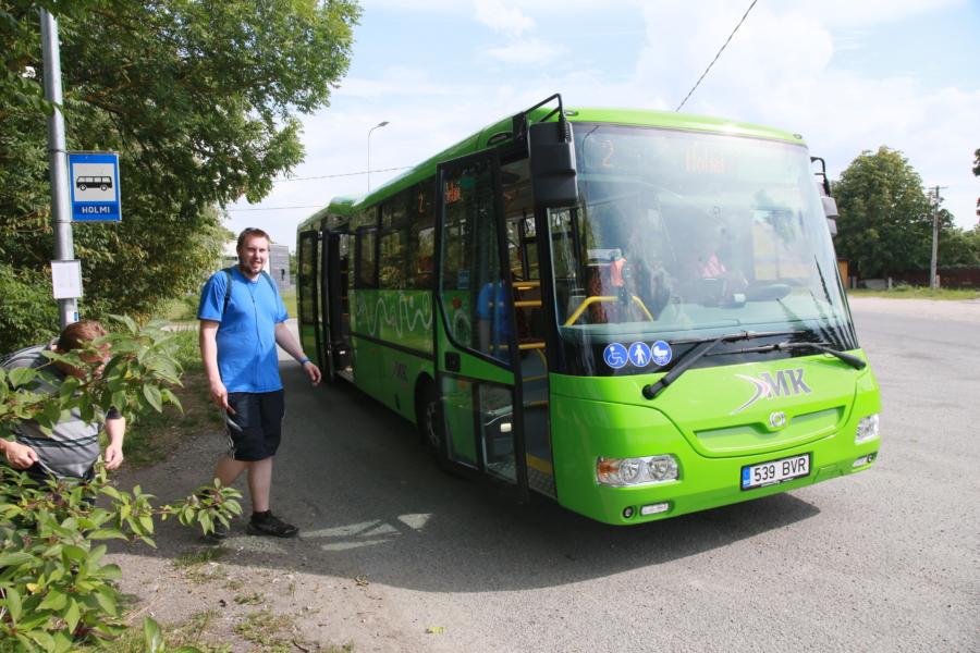 507240491c6 Foto Arvo Tarmula[/caption] Haapsalu linnavalitsus saatis sel nädalal  Põhja-Eesti ühistranspordikeskusele uue bussigraafiku kohta tosin  muudatusettepanekut.