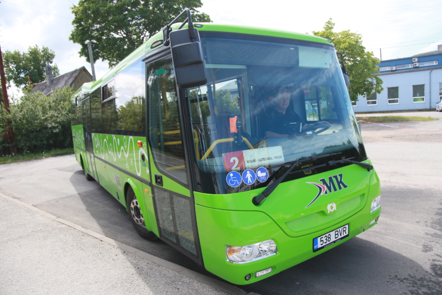a11d5293bb7 Lugejakiri: uued bussid ei sobi vanadele inimestele - Lääne Elu