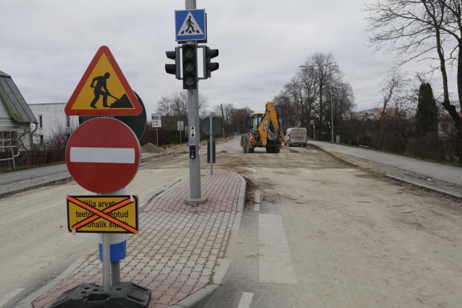 Esmaspäeval jätkuvad Tallinna maantee ehitustööd