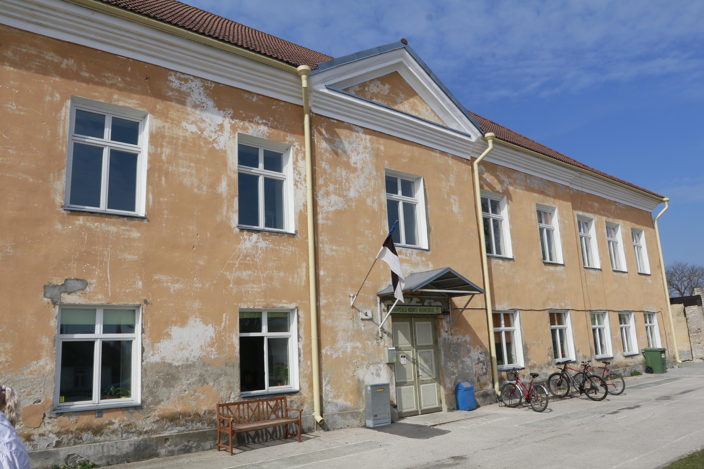 Wiedemanni noortekeskus saab uue fassaadi