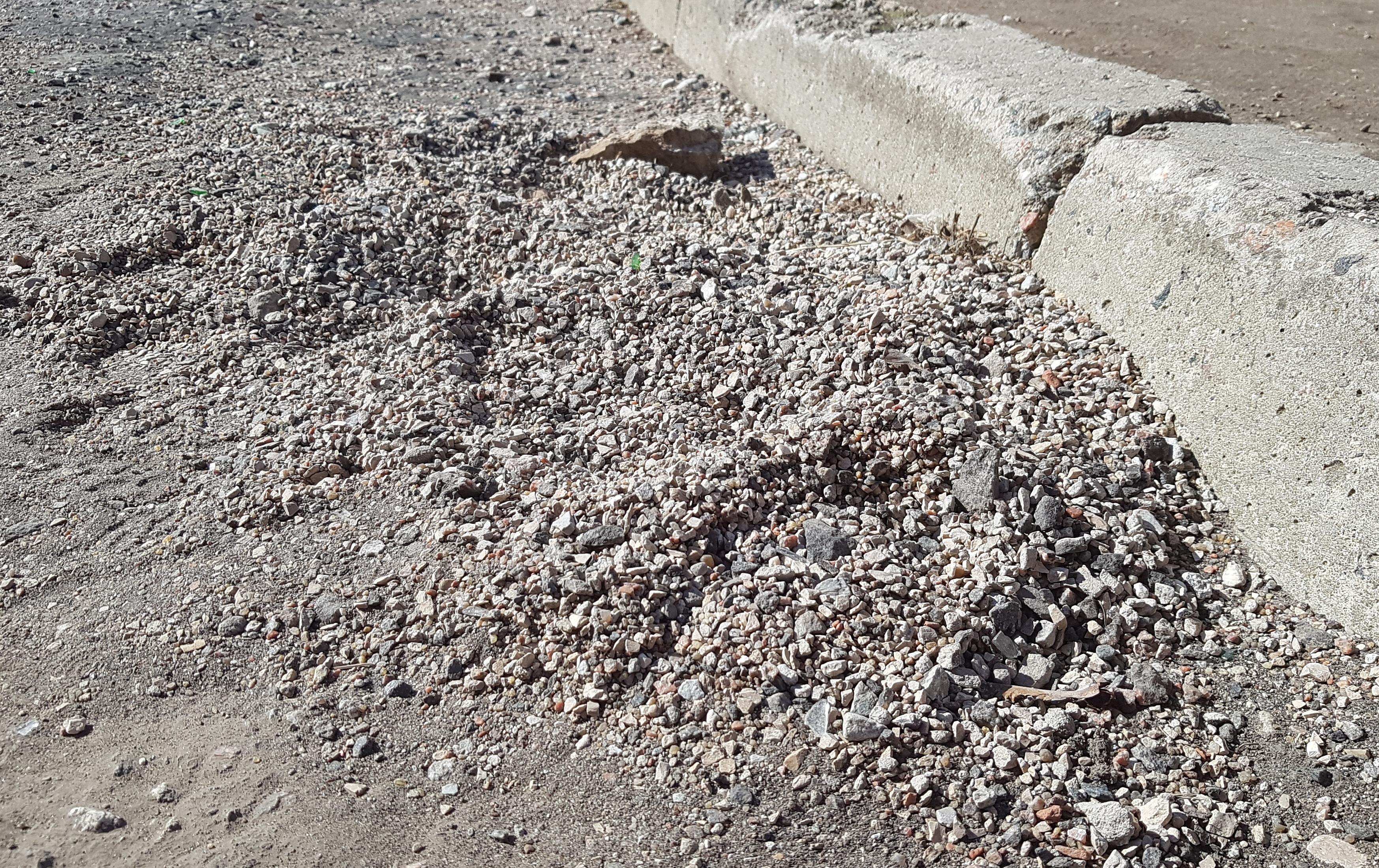 Linnatänavad saavad graniidipürgist puhtaks