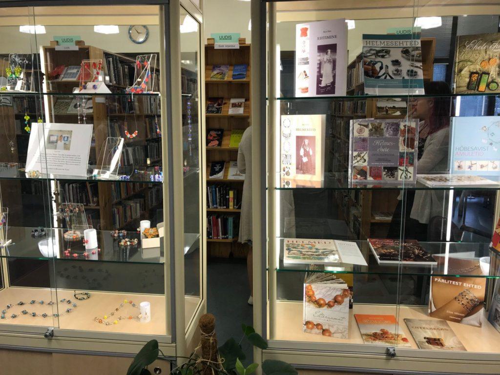 Raamatukogus ootab suvel vaatajaid kaks näitust