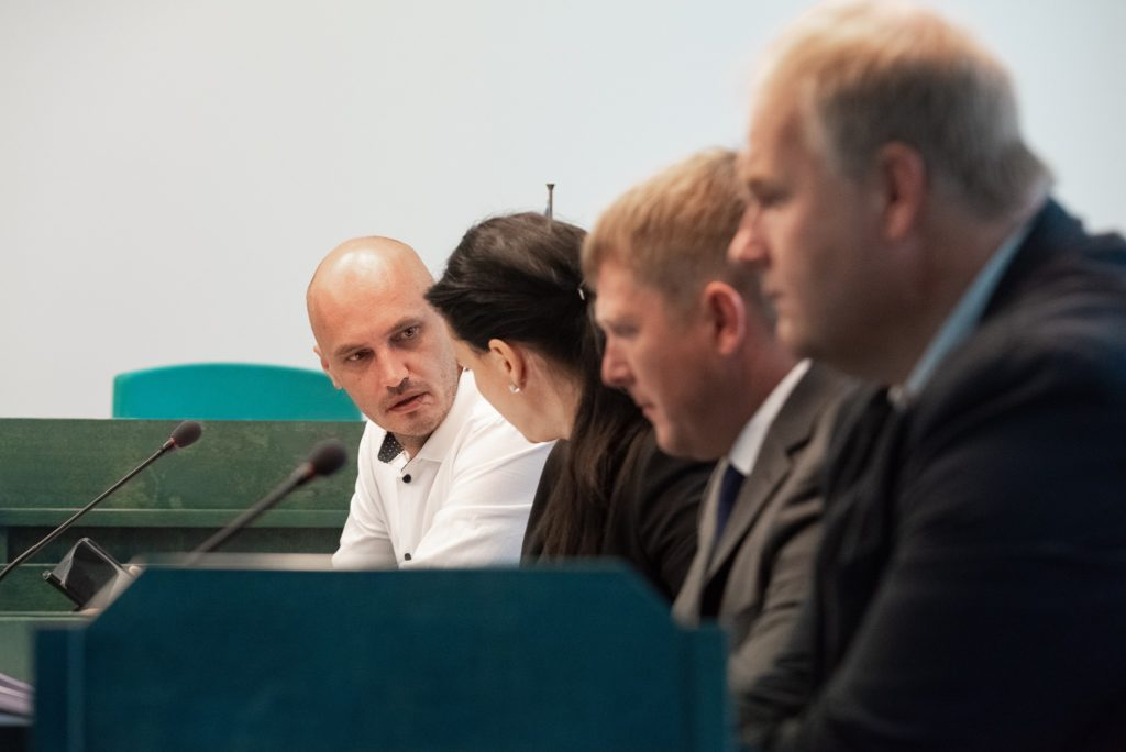 Lõps ja Lepp ei soovinud kohtus veokihanke kohta tunnistusi anda